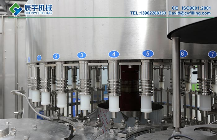 Packaged-Drinking-Water-Filling-Machine-1